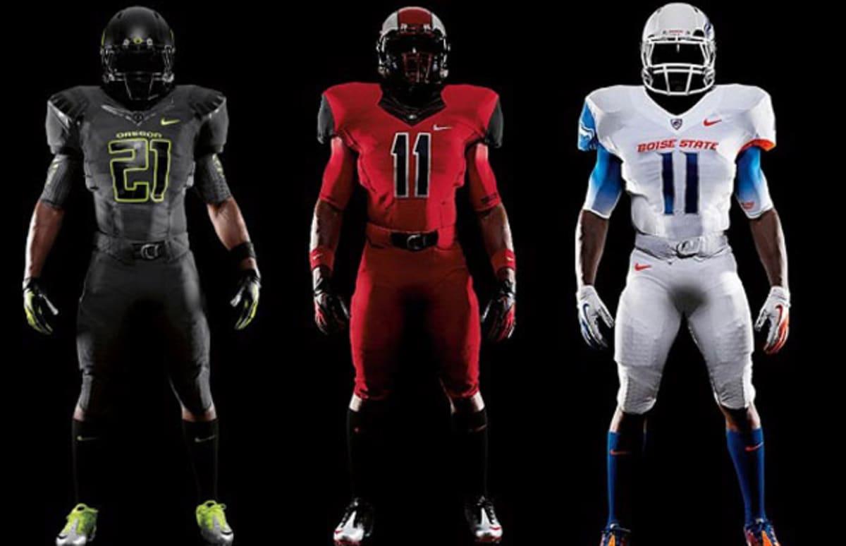 Best College Football Uniform 72