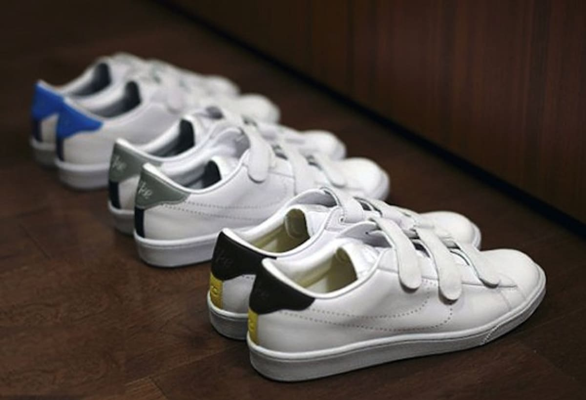 Nike Tennis Shoes With Velcro