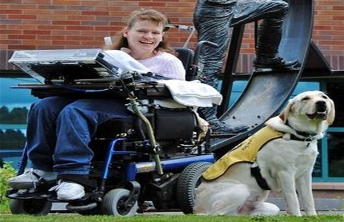 This woman is taking her wheelchair on a 300 mile journey for Charity motors 8 mile lahser