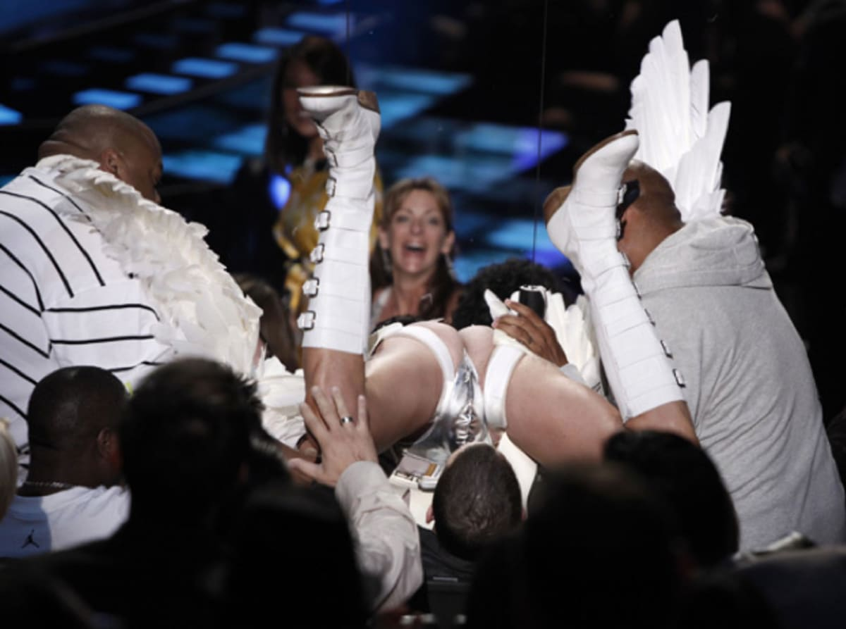 Discussion on this topic: MTV VMAs' Most Memorable Moments, mtv-vmas-most-memorable-moments/