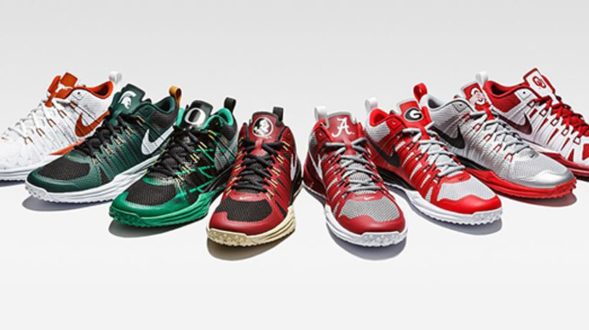 best sneakers e206a 644ff Show Your School Spirit With the Nike Lunar TR1 NIKE LUNAR TR1 LE ...