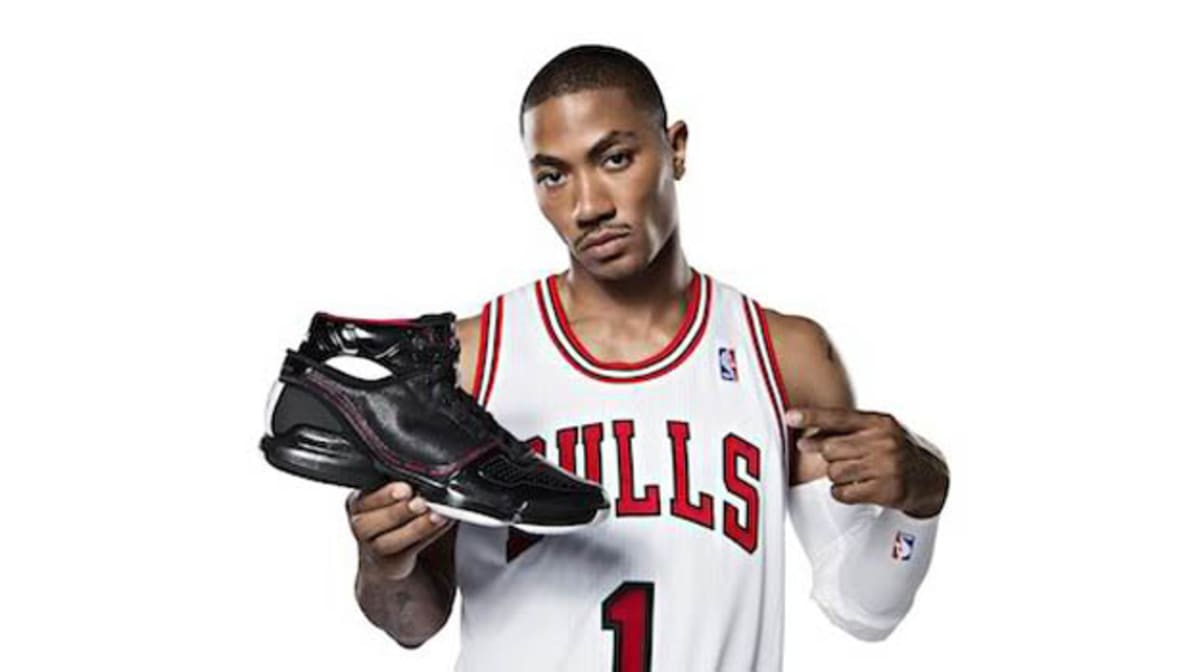 d5582ff70455 Breaking Down Every Derrick Rose Signature Shoe with adidas