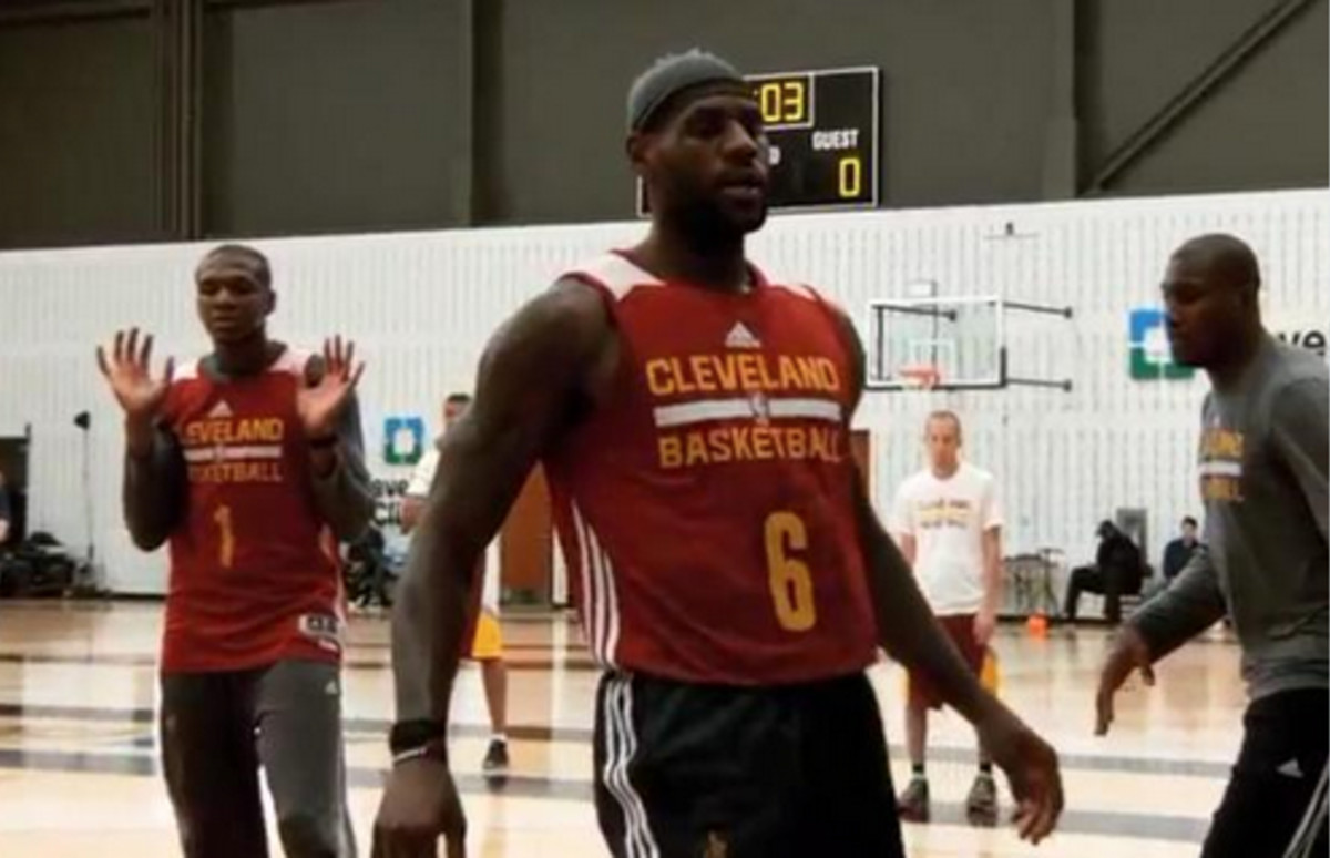the best attitude 2cf68 5efaf Here's Why LeBron James Is Wearing No. 6 on His Practice ...