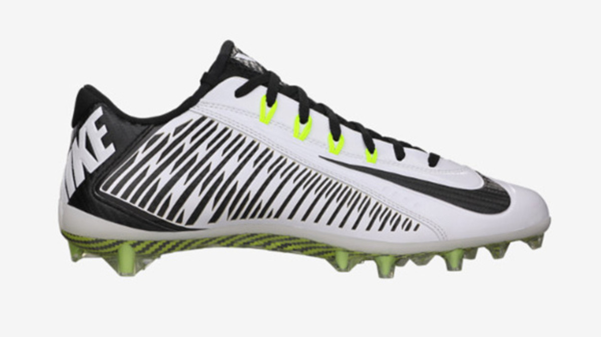 2517c3f6df17 The Perfect Football Cleats According to Your Position | Complex