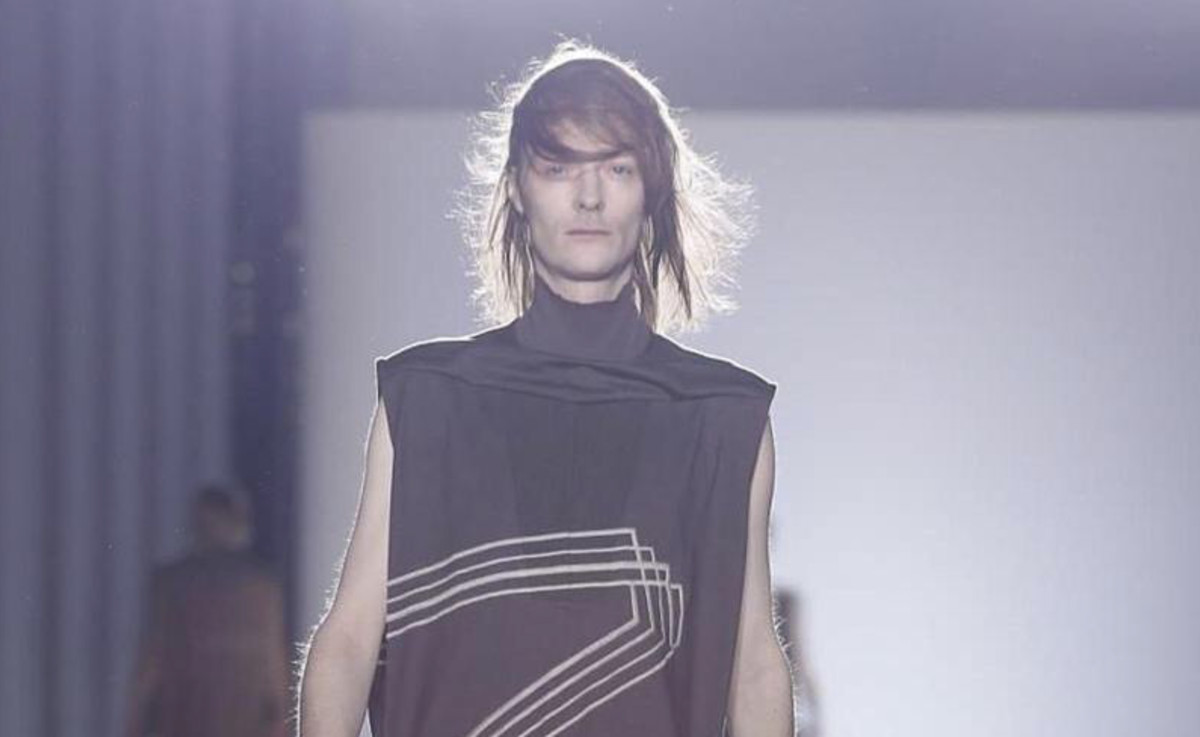 Rick Owens Latest Fashion Show Included Full-Frontal Male -2531