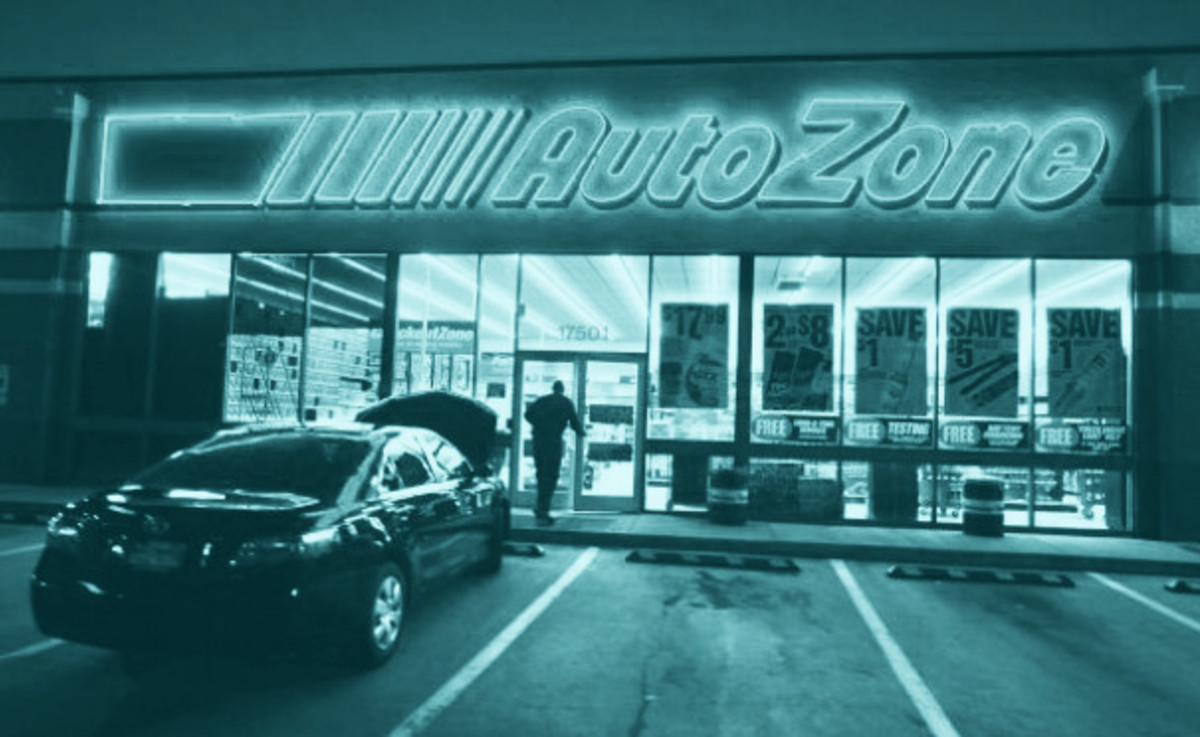 10 stupid car items available at autozone right now
