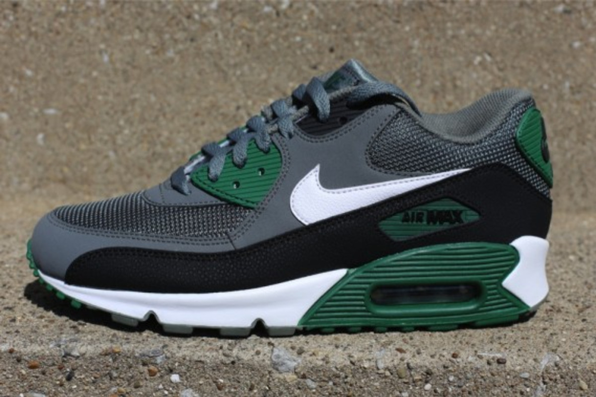 hot sale online e9676 09dae Nike Air Max 90