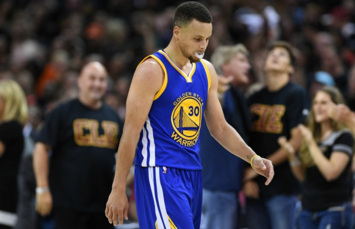 Steph Curry Chucks Mouthguard After Fouling Out and