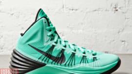 new styles db01c f81bc Nike Hyperdunk 2013