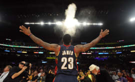 LeBron_James_Powder