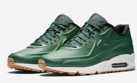 Nike s Bringing Back Vac Tech Uppers on These Air Max Sneakers ebdf4df72a17