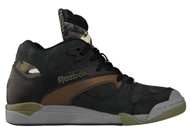 amp; Release Camo Foot Exclusive Victory Court An Locker Reebok Pump fpdwYxd