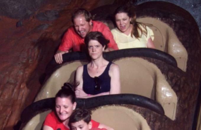 Angry Splash Mountain lady becomes Internet sensation