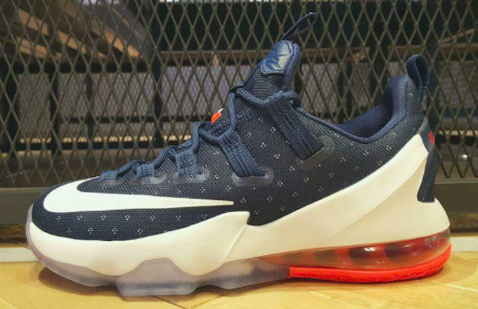 buy popular 850ac 93622 Nike LeBron 13 Low