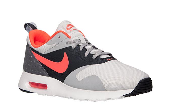 Nike Air Max Tavas (via KIcks ) | Nike running
