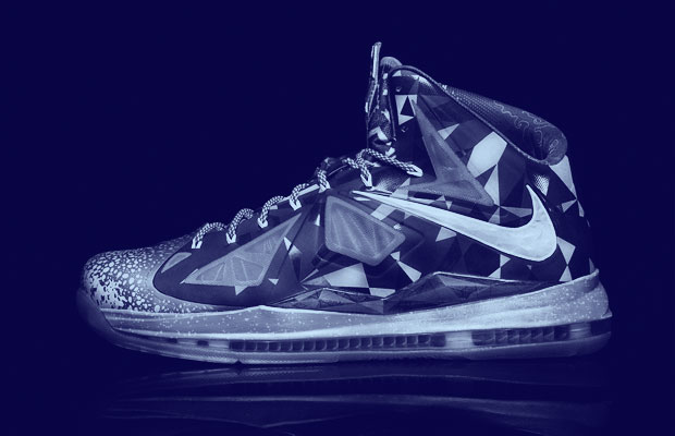 best cheap 7e594 ad087 Today the Nike LeBron X