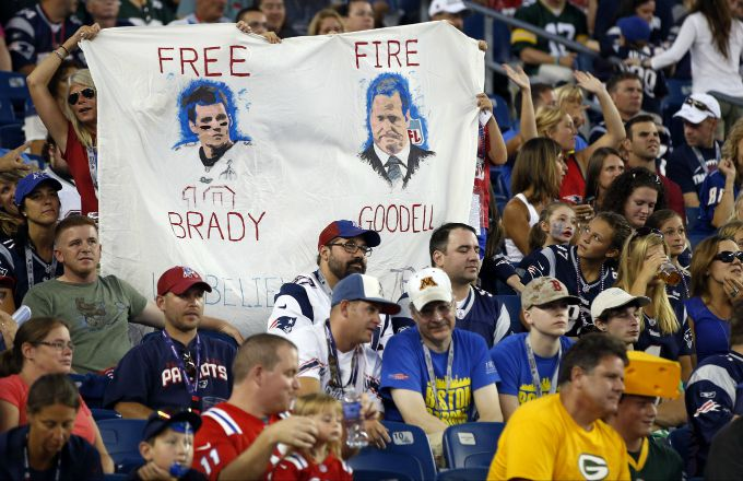 Twitter Reacts to a Federal Judge Lifting Tom Brady's Four