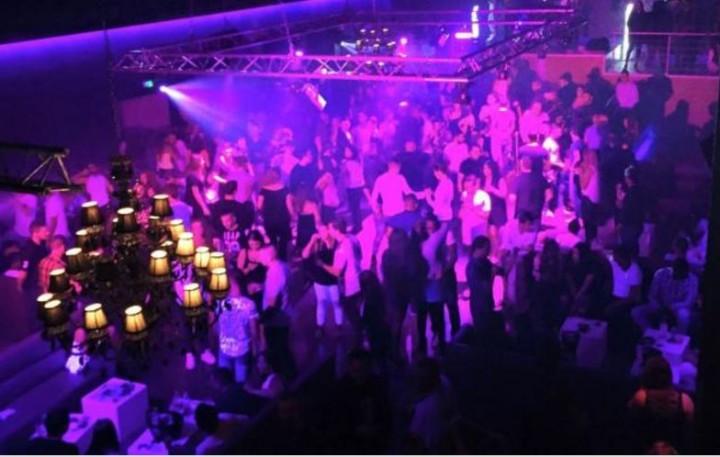 Man Dies After Attempting Break Dance Move in Club   Complex