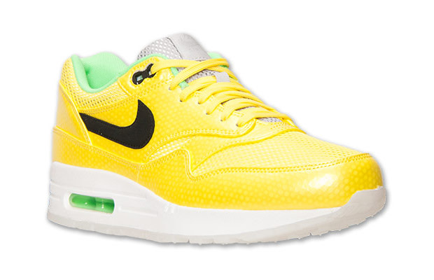 new concept 1c051 c7c67 Kicks of the Day: Nike Air Max 1 FB Mercurial