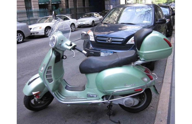 The Great Debate: 10 Reasons To Drive A Vespa (And 10 Reasons Why
