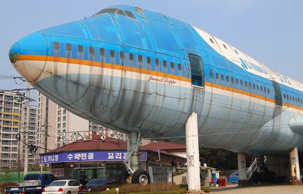 20 Awesome Converted Airplanes   Complex