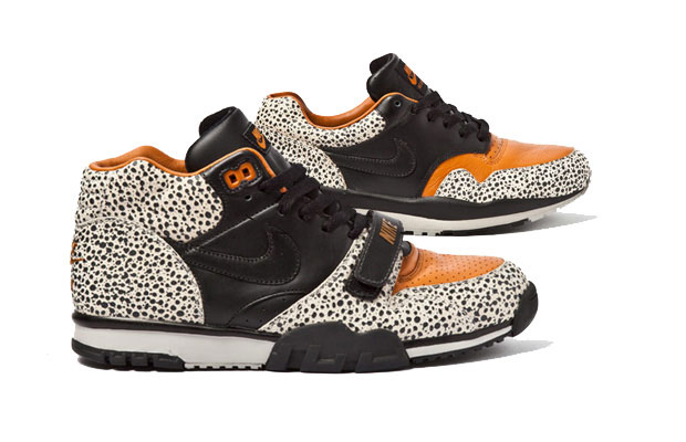 check out 87e5c 3bb31 When Nike gave Tinker Hatfield the option to begin designing the Air Max 1,  it was presented to him in a package deal. Taking on the Air Max 1 meant he  ...