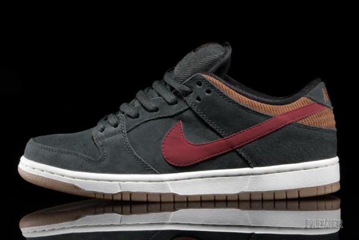 half off 2717b 5f8a9 Nike SB Dunk Low Pro