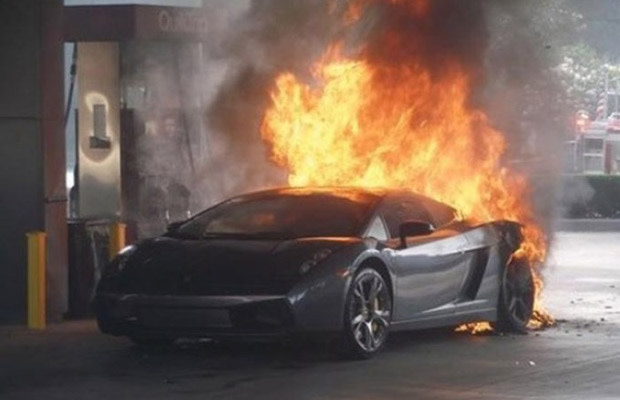 Gallery 25 Pictures Of Supercars On Fire Complex