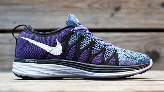 big sale 52913 b0806 Here's Your First Look at the Nike WMNS Flyknit Lunar 2 ...