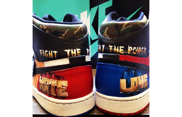 bf499d544fb Spike Lee Has a Pair of Custom
