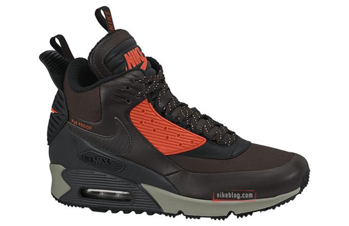 47a9e54f93 Nike Air Max 90, Hybrid Sneakerboot Winter Struggle | Complex