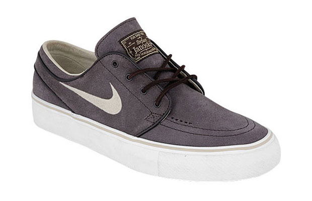 super popular a88f3 09d31 The 30 Best Signature Skate Shoes of All Time | Complex
