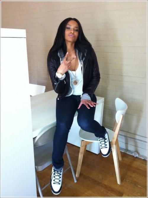 online retailer 42117 cac9c Gallery: 100 Photos of Hot Girls in Jordans | Complex