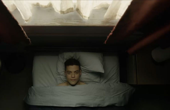 Reddit Already Figured Out the Big Twist in 'Mr  Robot' Season Two