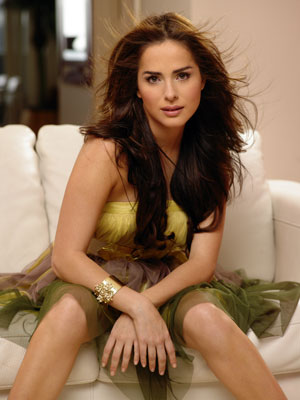 The 25 Hottest Women in Telemundo Telenovelas | Complex