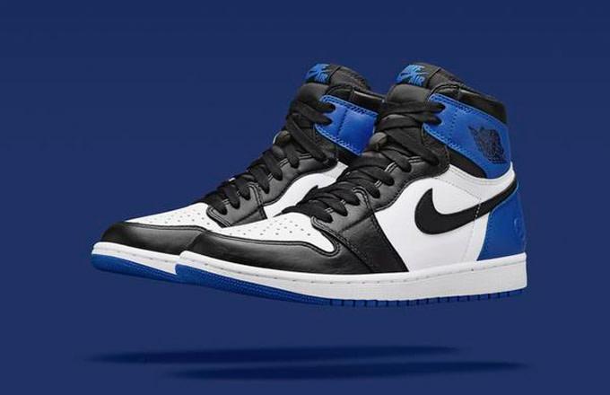 f821f8a8642 fragment design x Air Jordan 1 Official Images | Complex