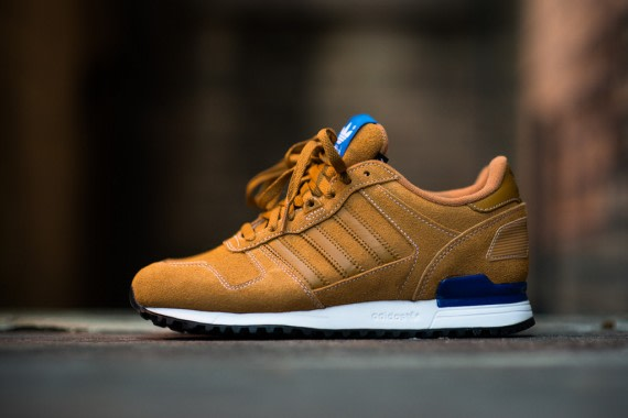 new concept 5809b f201c adidas Originals ZX 700