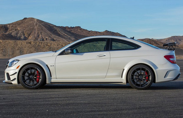 C63 Amg Black Series >> Test Drive 2012 Mercedes Benz C63 Amg Black Series Complex