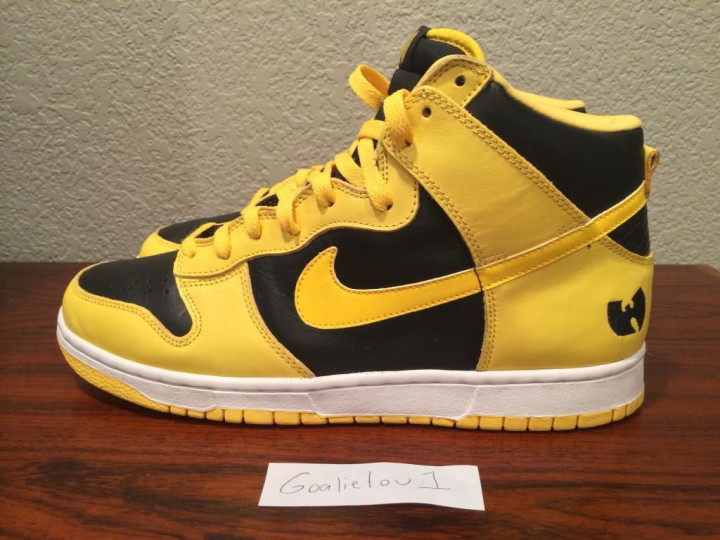 uk availability 2944b 3ff90 A Few Stacks Will Get You a Pair of Wu-Tang x Nike Dunk ...