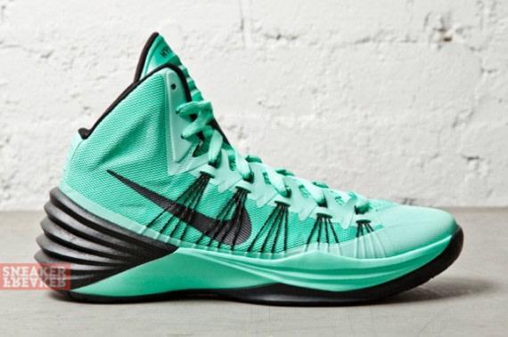 quality design 3e88e e1caa Images via Sneaker Freaker. The Nike Hyperdunk ...