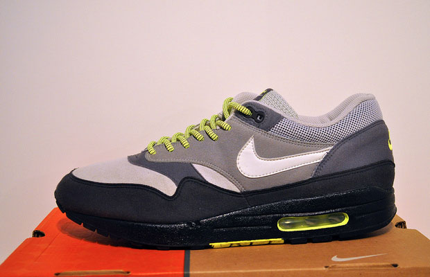 size 40 4b19c 694e1 The 50 Best Euro Exclusive Nikes of All Time | Complex