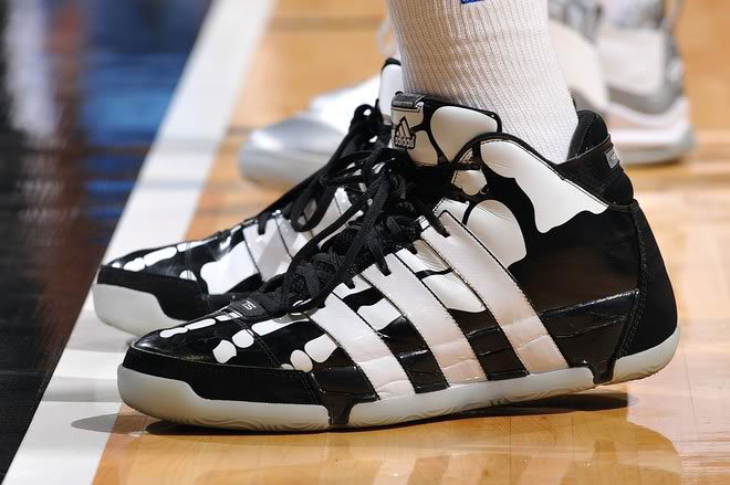 separation shoes 2dbcc d93c2 The 25 Best adidas Signature Basketball Shoes of All Time | Complex