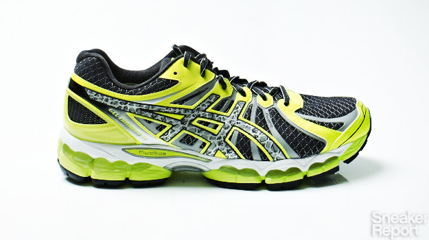 separation shoes 4cb36 1ea18 Everything You Need to Know About the Asics Gel-Nimbus 15 ...