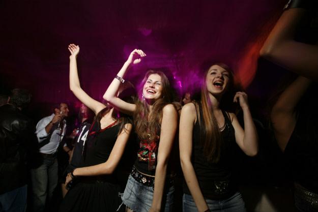 girls-dance-club