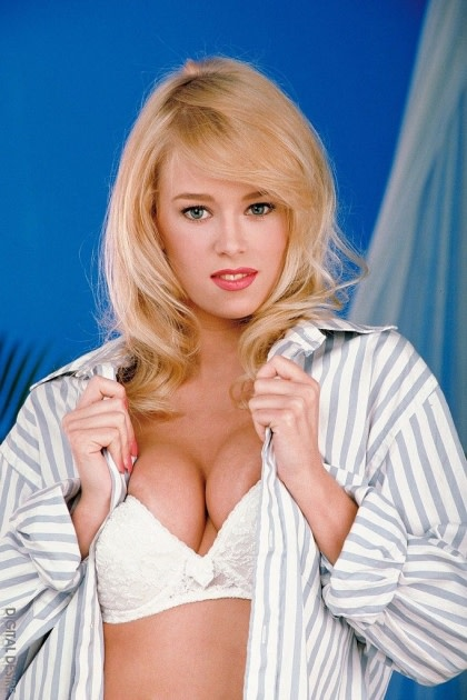 Fill blank? 1990s from porn ok blond star simply magnificent phrase