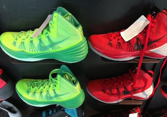 sports shoes b2fc1 b04e6 As we are beginning to receive imagery of the forthcoming Hyperdunk option  from Nike Basketball, the Hyperdunk 2013, here we showcase two new colorways  of ...