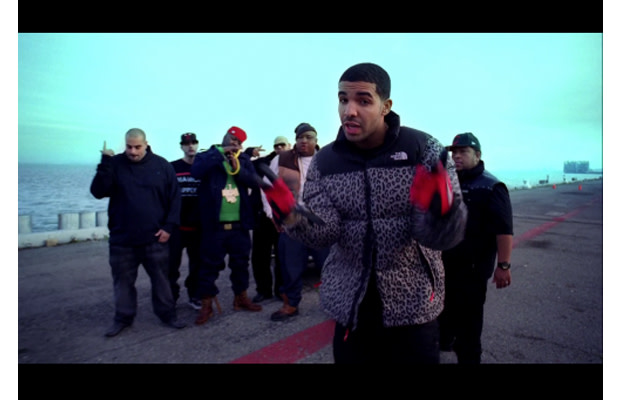 bae8d3ef6 Drake Wears Supreme x The North Face