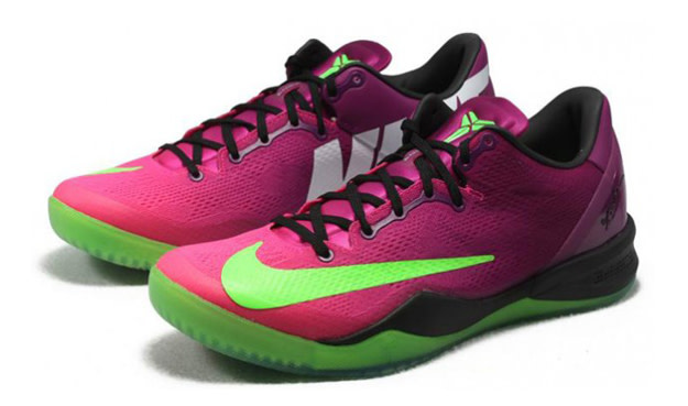 """newest b97f6 44651 As much as Kobe Bryant loves soccer, you probably won t see him on the  pitch anytime soon. However, """"Mamba s"""" latest signature shoe, the Nike Kobe  VIII ..."""