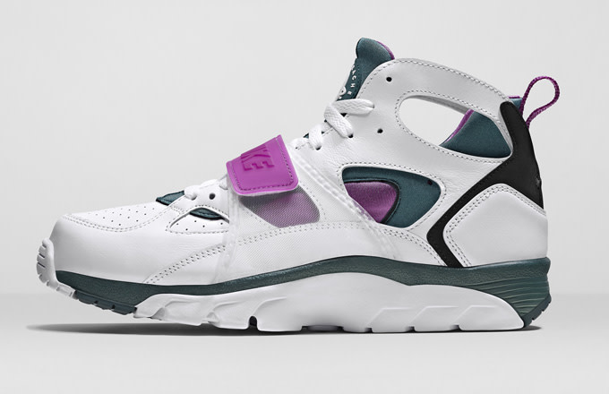 new products 2a390 525ae Kicks of the Day: Nike Air Trainer Huarache