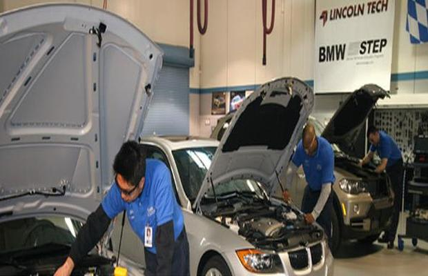 Auto Mechanic top 10 colleges in the us